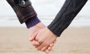 holding-hands-007